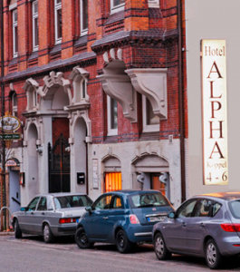 Außenansicht Hotel Pension Alpha in Hamburg St. Georg